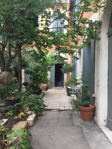 Montpellierbedandbreakfast3